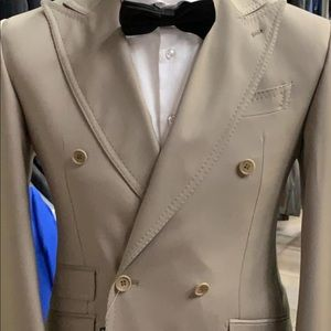 Other - Beige double breasted super 150 cerruti wool suit